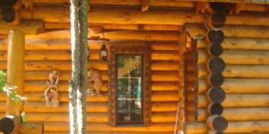 Остекление деревянного бревенчатого котеджа
