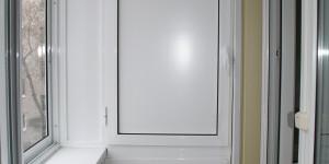 Алюминиевый шкаф на балкон
