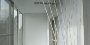 Отделка балкона, алюминиевый шкаф, лиана