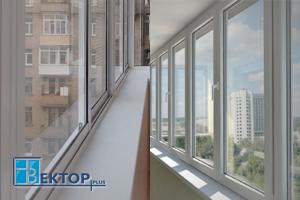 Алюминиевое раздвижное и пластиковое распашное остекление балконов